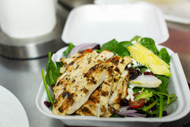 Spinach Salad with Grilled Chicken - To Go