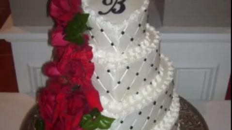 Cakes by Julana(Wedding Set 3)Deposit