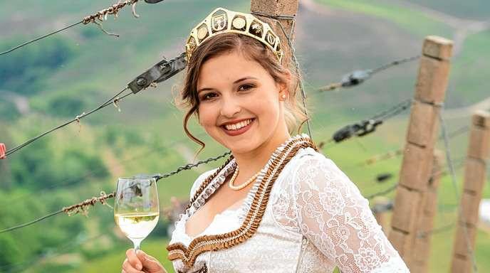 20-jährige Sina Erdrich ist die neue Durbacher Weinprinzessin