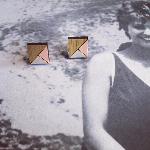 Tricolor Cubes