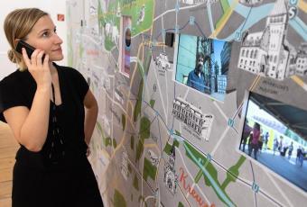 berlinzeit-ausstellung-multimedialer-stadtplan.jpg