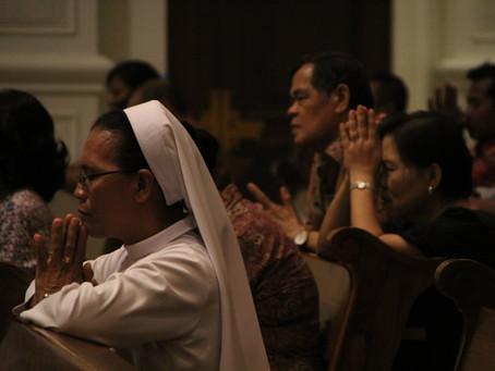 Misa Penutupan Rosario dan Pembukaan Novena Roh Kudus