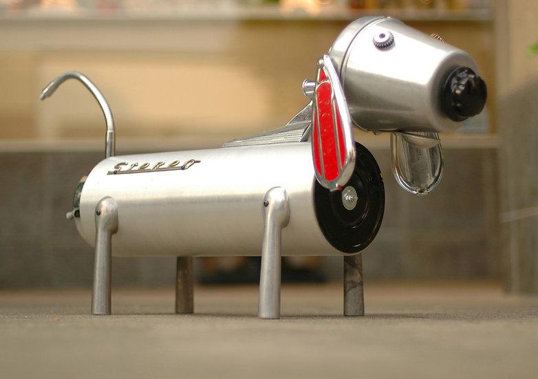 Stereo Dog