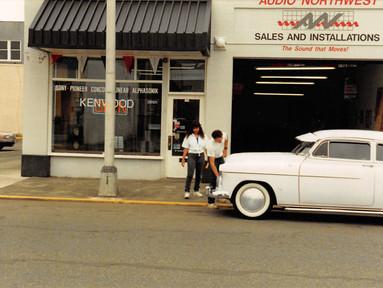 Downtown - Old White Car.jpg