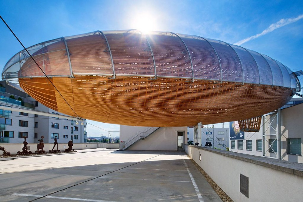 Gulliver DOX | Huť architektury