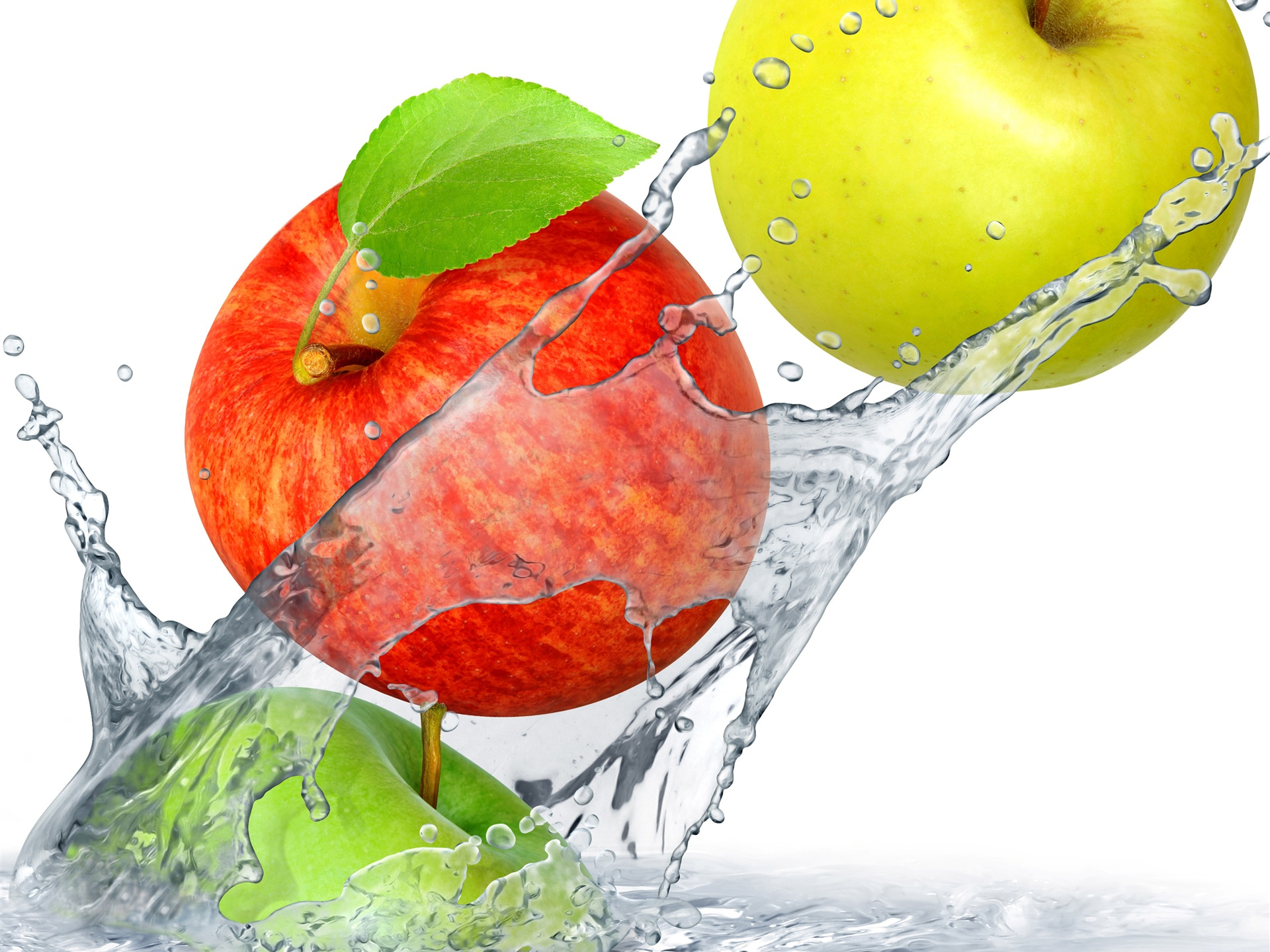 Red-and-green-apples-falling-in-water_1920x1440