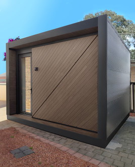 Bronte Single Door Outdoor Room