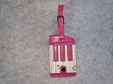 鍵盤模様刺繍を利用したネームタグ