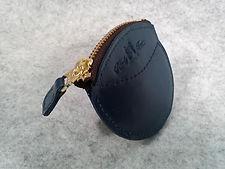ホタテの貝殻のような小銭入れ