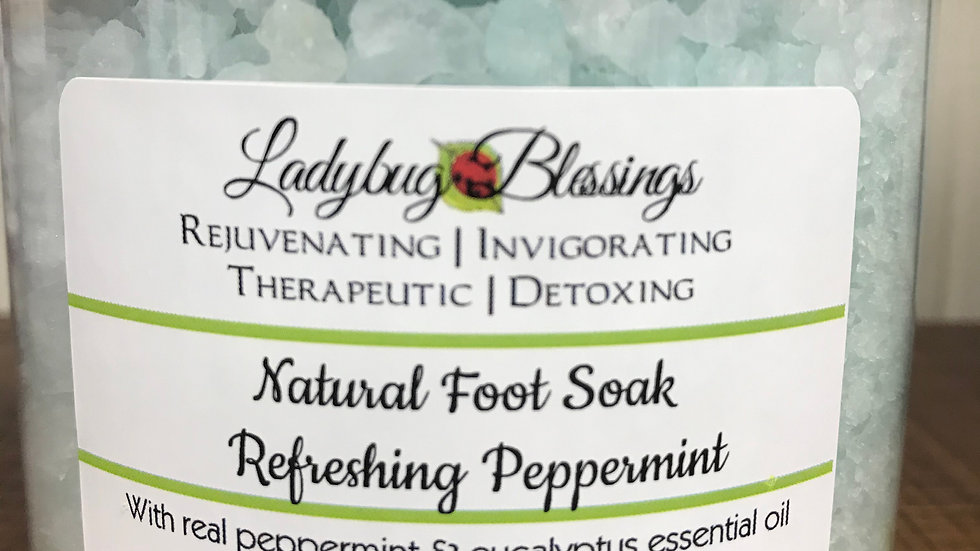 Natural Foot Soak: Refreshing Peppermint
