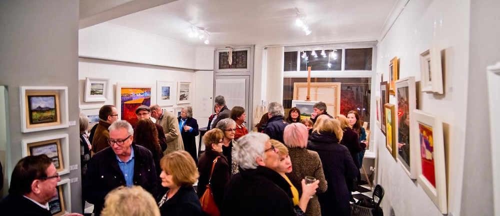 Great Preview Evening at Douglas Heggie Fine Art Gallery,Huntly