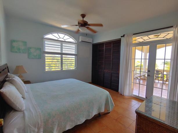 7 Bedroom House - 2nd Floor