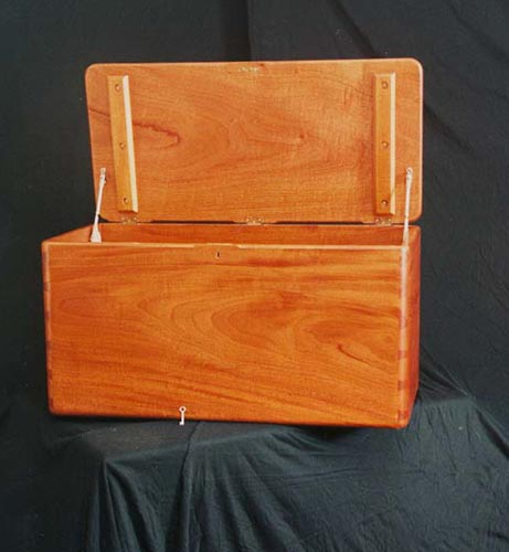 Modern Mahogan Dovetail Chest