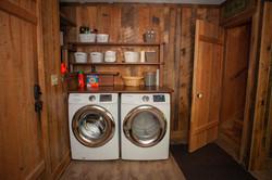 Mudroom/Laundry