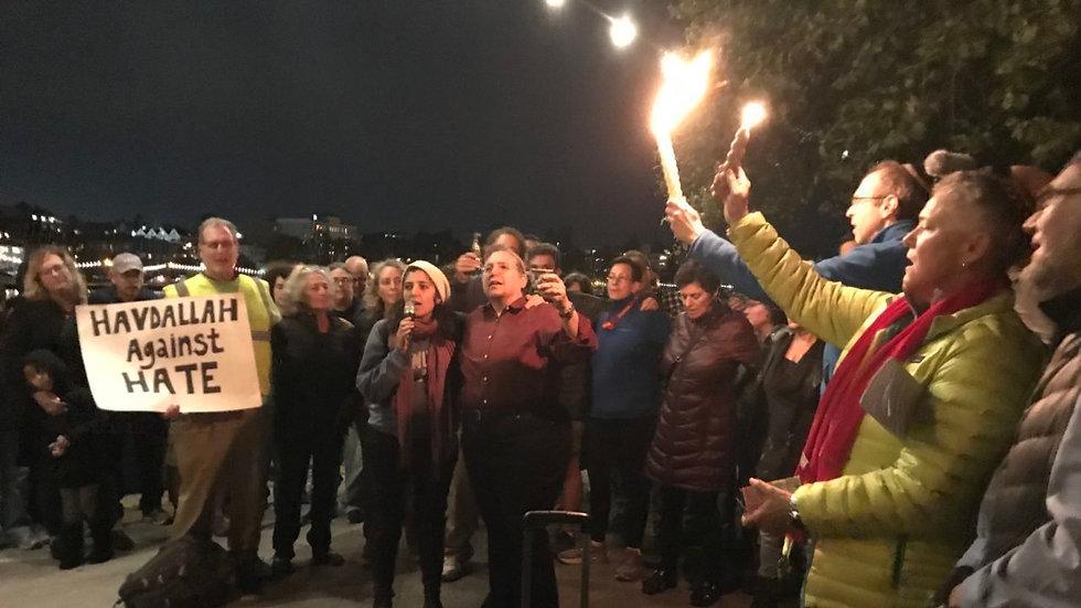 Jewish vigil.jpg