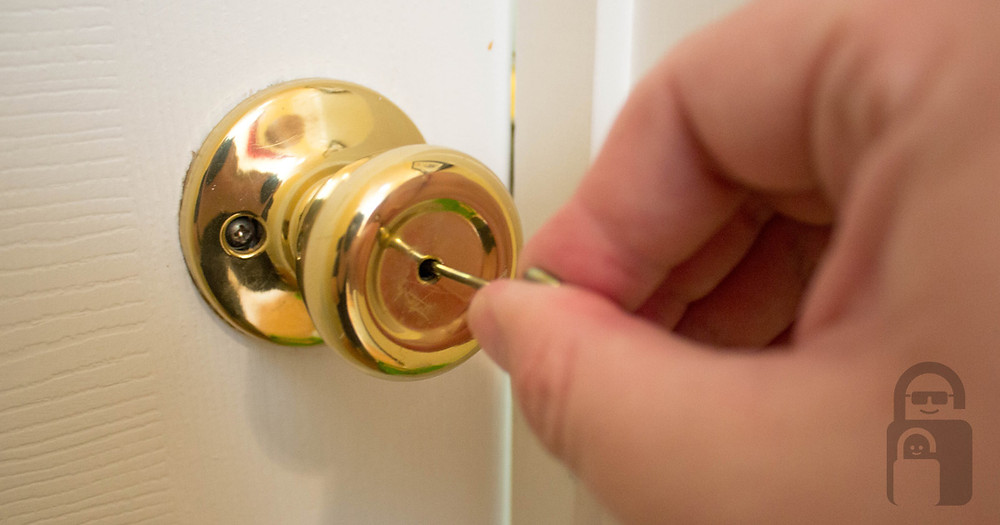 What's that hole in the doorknob | The Secure Dad | Security | Home | Safety | Secure Dad | Emergency Key | Key