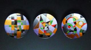Триптих-Композиция. d-15 см.
