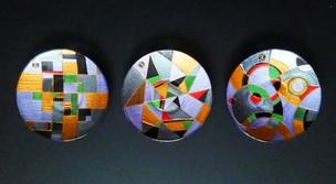 Триптих-Композиция. d-15 см. Декор выполнен в технике точечной росписи. Цена 8000.jpg