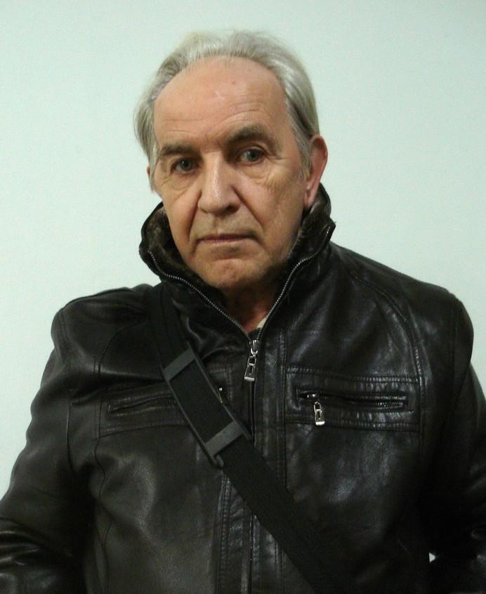 Евстюгов Владимир.