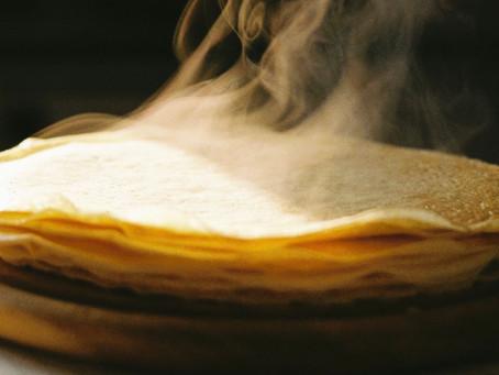 Wie wird man Rätselautorin? - freche Antworten beim Pfannkuchen backen und biografische Indizien.