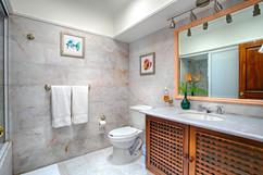 bathroom #1 master 15.jpg