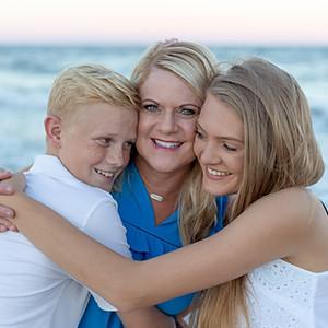 Rhonda, Emma, & Mason: Litchfield Beach