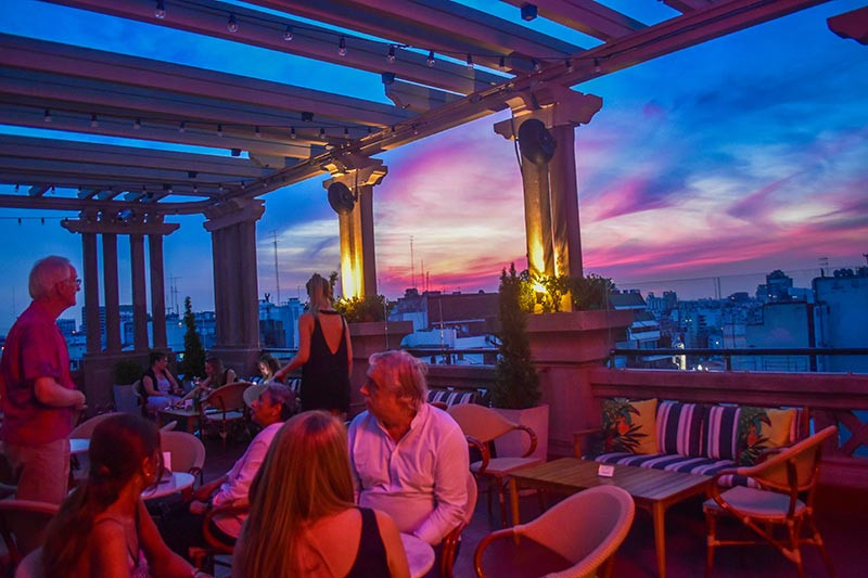 Hotel_Alvear_roof_bar_turista_en_Buenos_Aires_Cocktails_sunset
