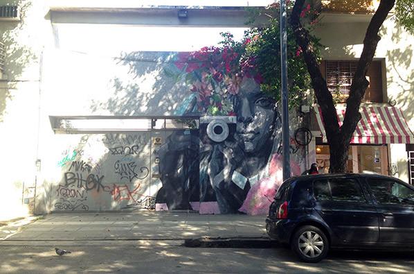 Turista_en_Buenos_Aires_Mural_Street_Art_TEBA