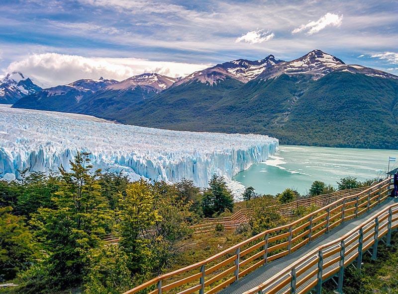 TURISTA_EN_BUENOSAIRES_CALAFATE_SantaCruz_Perito_Moreno_Glaciar_pasarelas