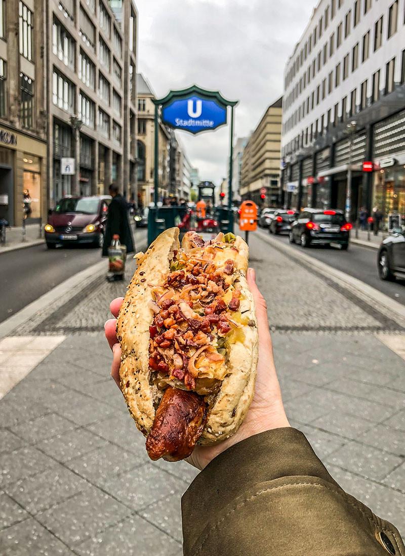 Berlin_Alemania_Germany_Wurst_Salchicha_Pancho_Hotdog_FarfromBA_Turista_BuenosAires