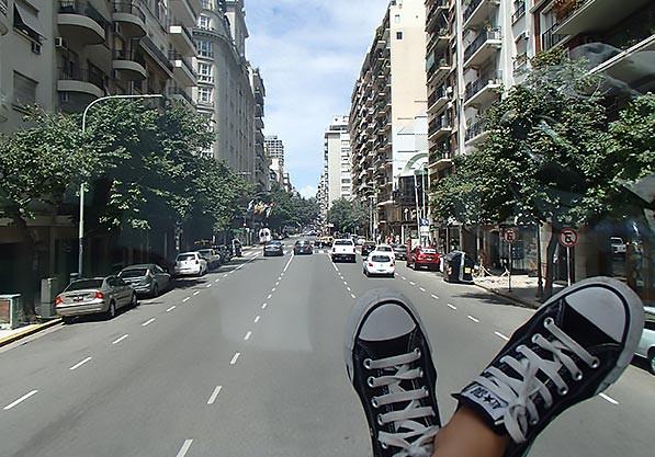 Turista_en_Buenos_Aires_bus_turistico
