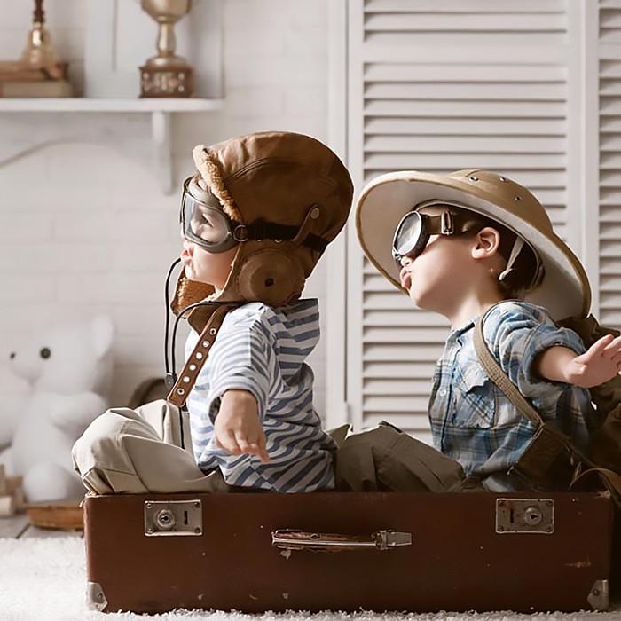 Viajar_Chicos_ Niños_Travel_Kids_Fly_TUrista_BuenosAires_BA_FarFromBA