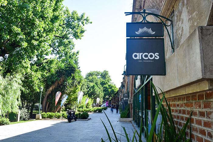 Arcos_Del_Rosedal_Turista_en_Buenos_Aires_LagosDePalermo