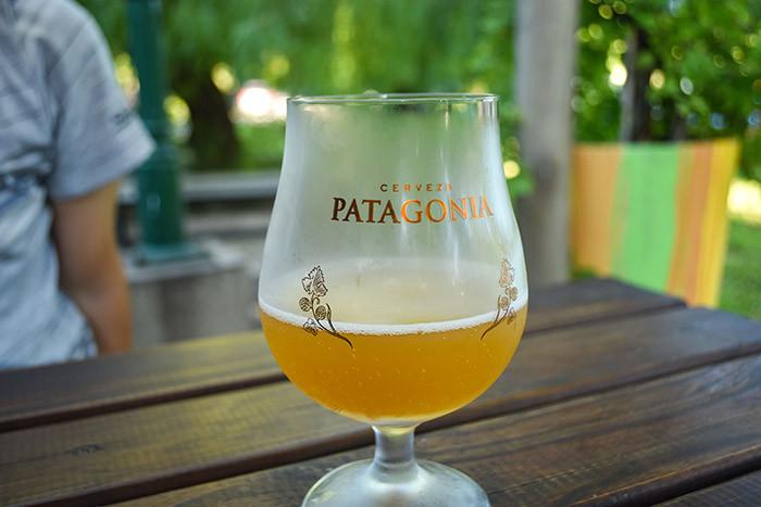 Arcos_Del_Rosedal_Turista_en_Buenos_Aires_LagosDePalermo_cerveza_Patagonia