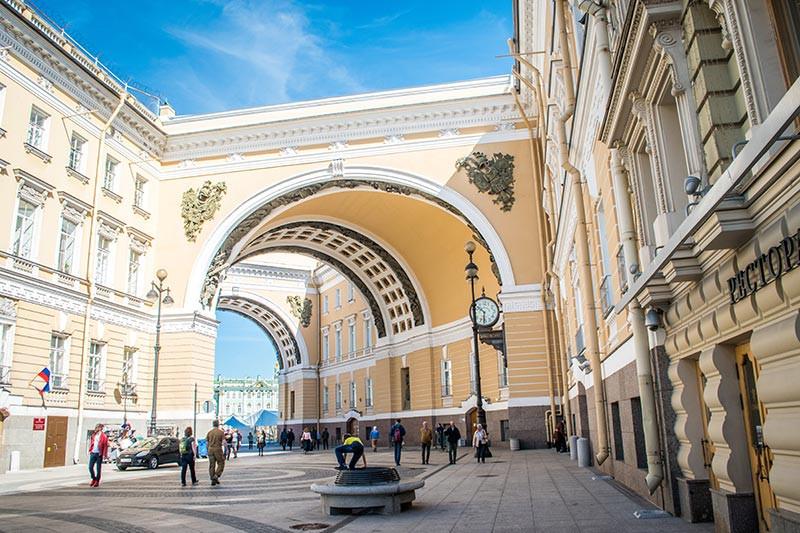 Rusia_SanPetersburgo_FarFromBA_TuristaEnBuenosAires_arquitectura