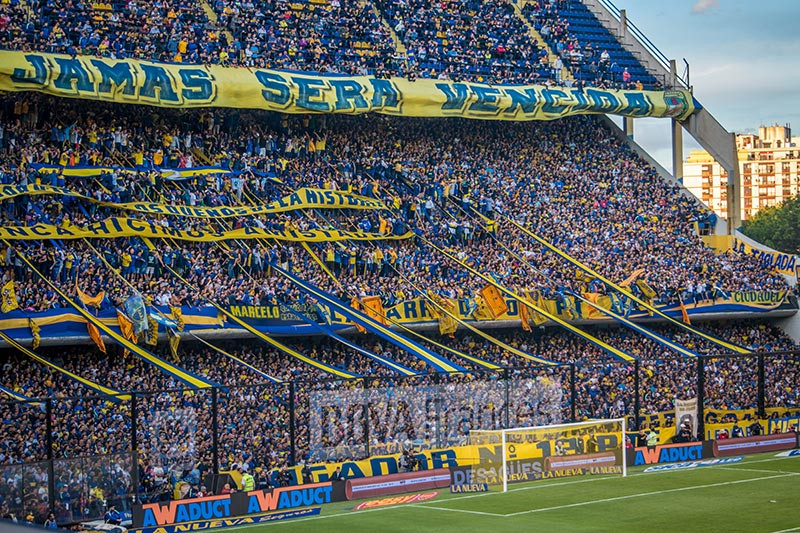 Turista_en_buenos_aires_Boca_Bombonera_futbol_BA