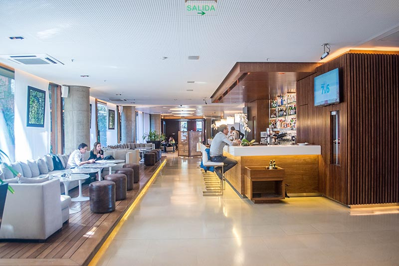 Hotel_Madero_LobbyBar_PuertoMadero_Turista_en_Buenos_Aires