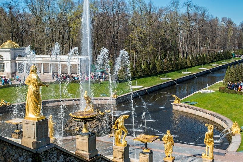 Rusia_SanPetersburgo_FarFromBA_TuristaEnBuenosAires_peterhof