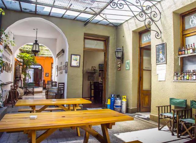 turista-en-buenos-aires-cerveza-artesanal-bierlife-patio
