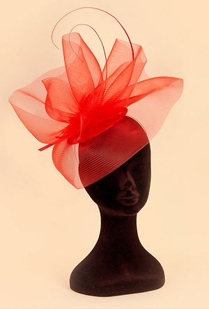 stunning red designer net hat