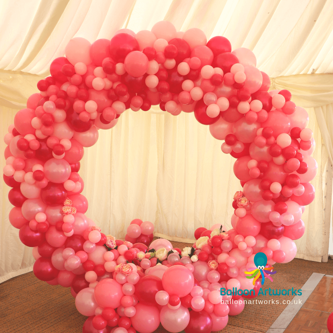 Circular organic wedding arch balloon ar