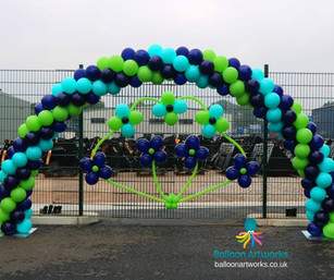Blue and green balloon arch Derbyshire B