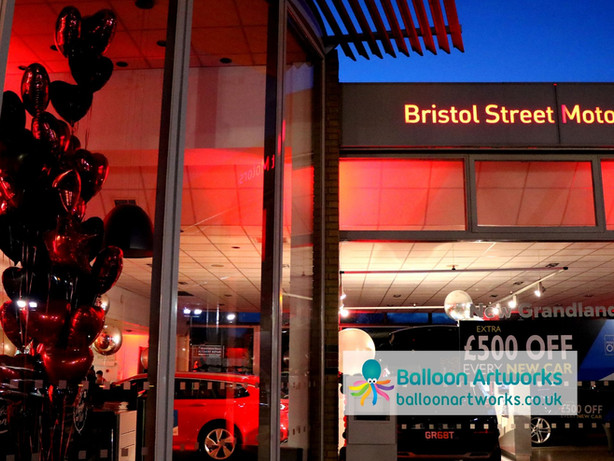 Customer event balloon decor Bristol Str