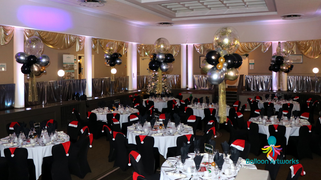 Christmas Balloon Decorations - Derbt Conference Centre by Balloon Artworks Ripley Derbyshire
