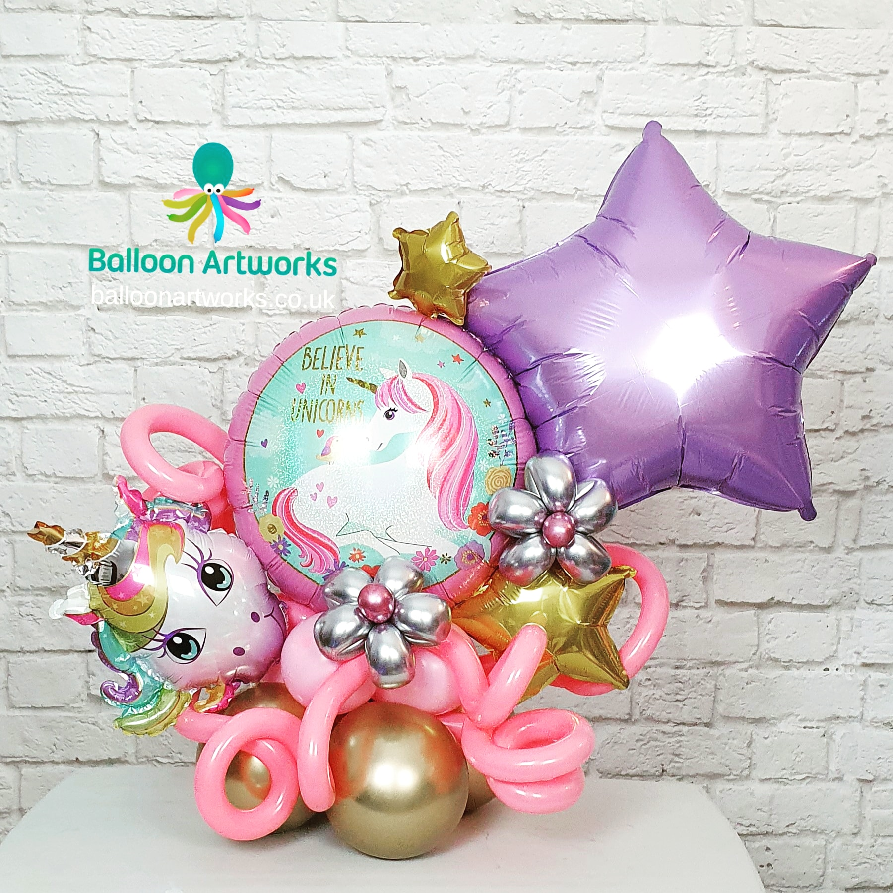 Unicorn party balloon centrepiece bespok