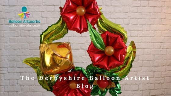 Christmas wreath from Derbyshire Balloon Artist blog