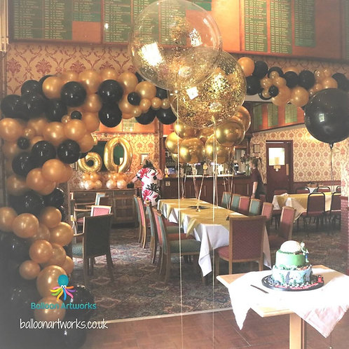 Black and gold organic balloon arch