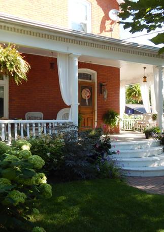 Classic Victorian Home Garden