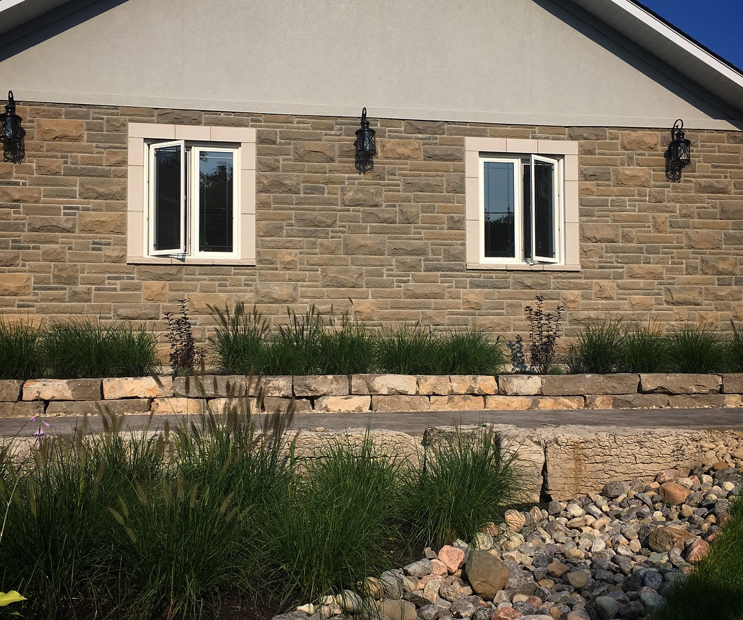 Natural Stone Front Yard Design