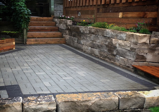Creekside Yoga Backyard - Natural stone and Unilock